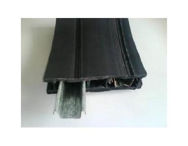 双平壁钢塑缠绕排水管