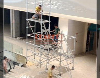 铝合金移动悬挑工作架 安全实用 艺达可供应定制方案